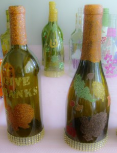 etched and glittered DIY decorated bottles
